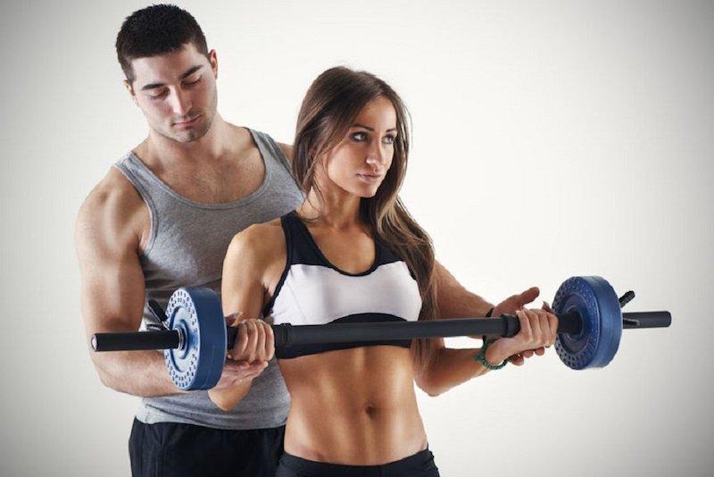 Как выбрать фитнес-тренера.jpg
