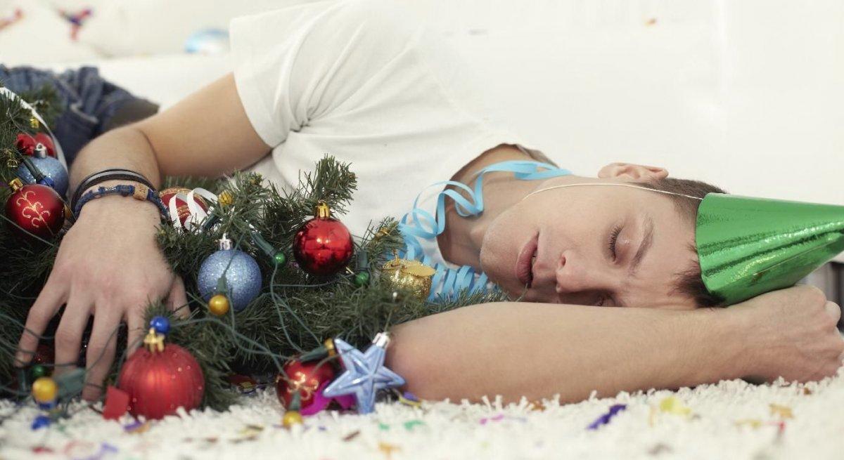 лечь спать в новый год.jpg