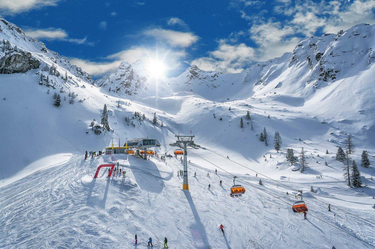 Открытие горнолыжных курортов Австрии произойдет 24 декабря.jpg