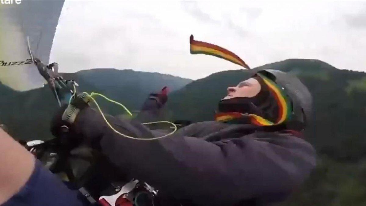 Парашютист из Белоруссии умер после неудачного прыжка. Он стал 500-м в его жизни.jpg